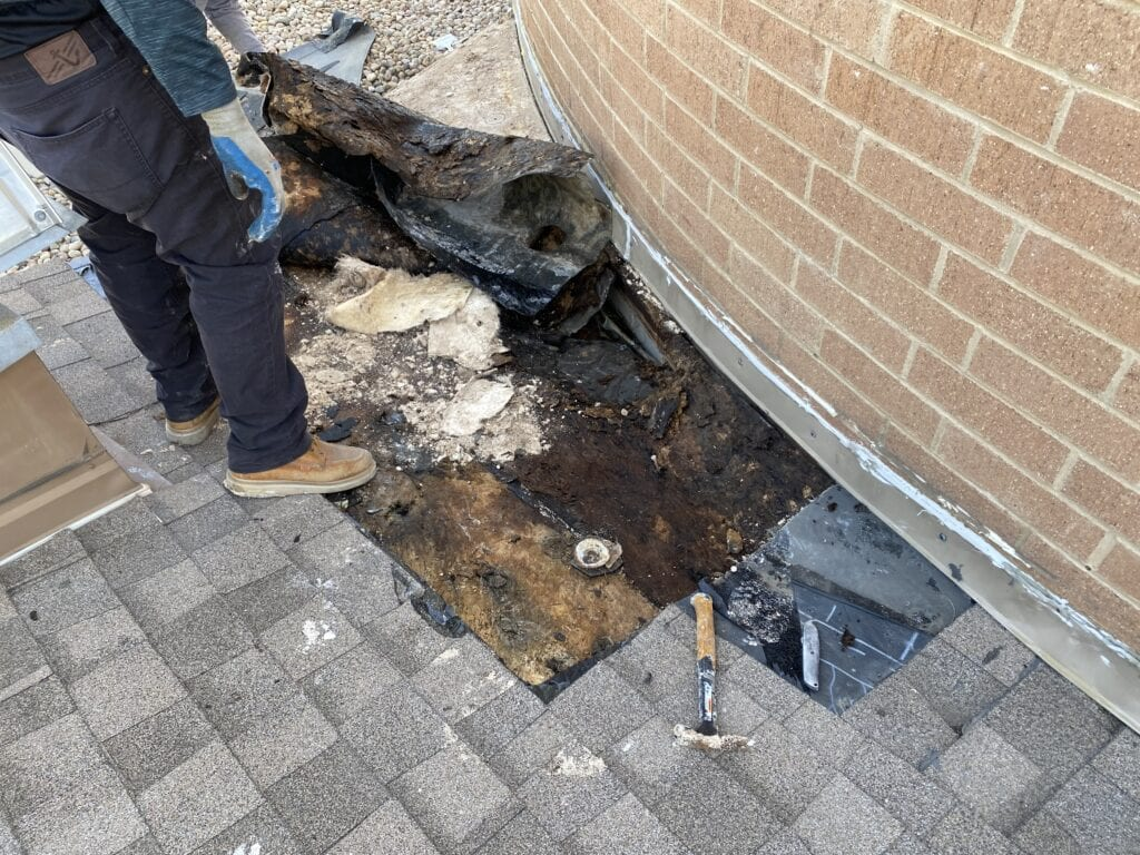 Denver roofing fail as water leaks into commercial building